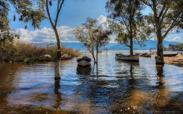 Çamiçi Gölü