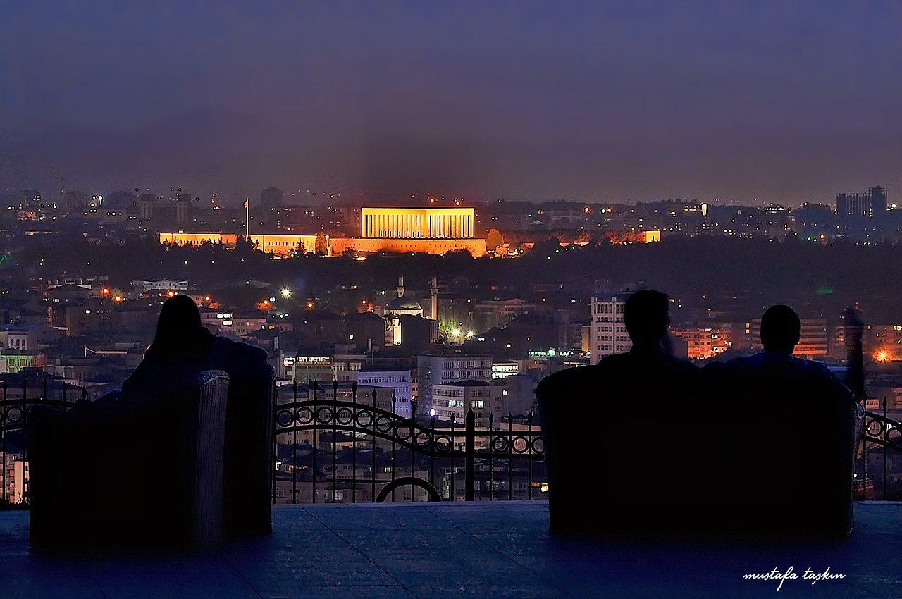 Anıttepe gece