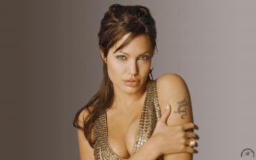 Angelina Jolie Fotoğrafları