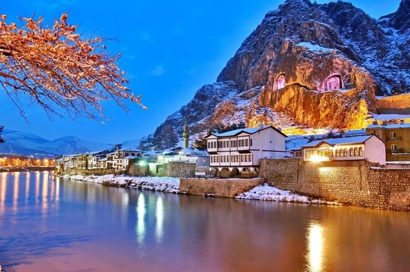 Dağ Kasabası