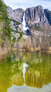 Dağ ve Şelale Manzarası iPhone 6 Plus