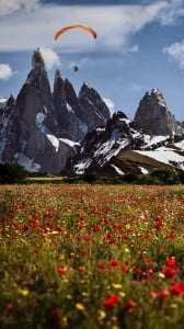 Dağlar ve Paraşütçü 1080x1920