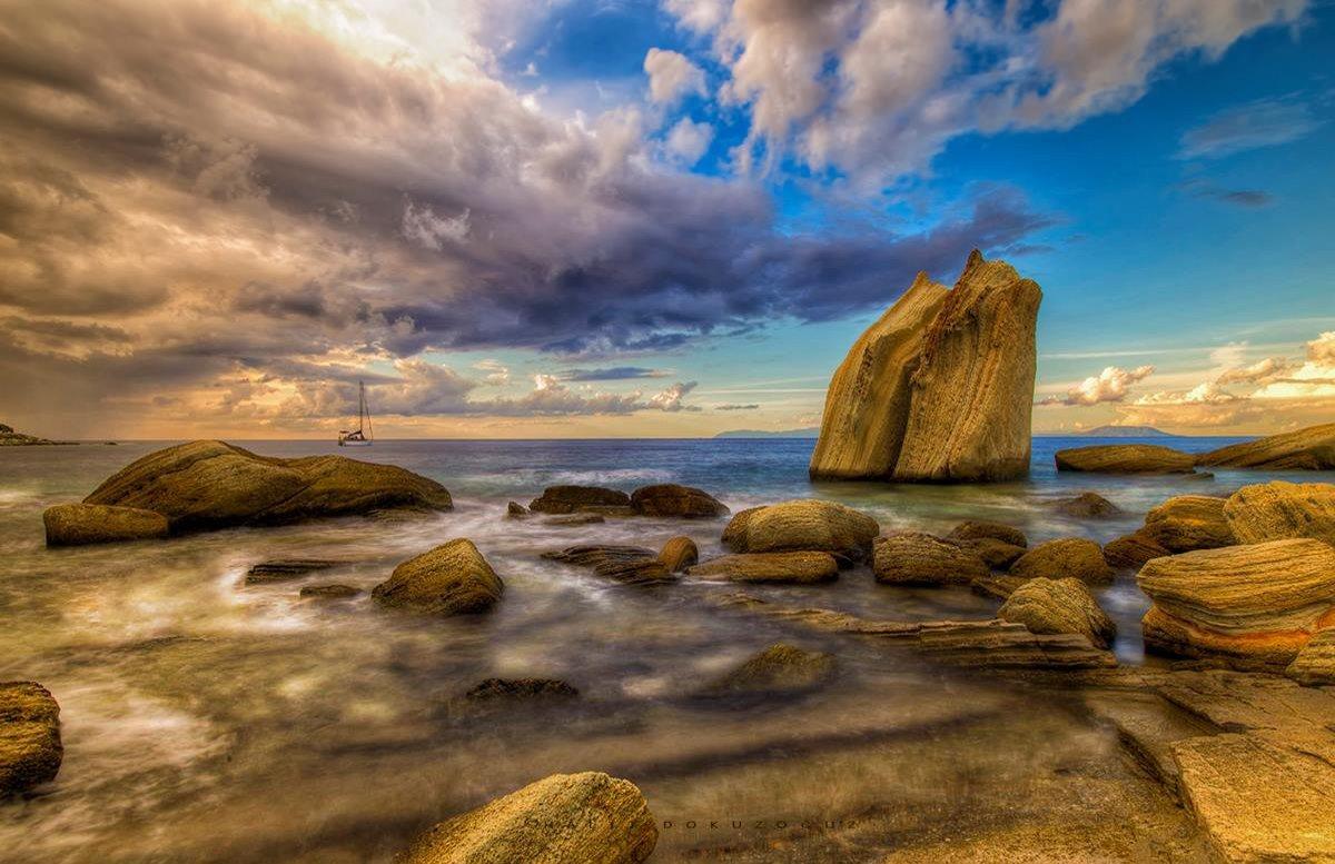 Foça Yelken Kayalıkları