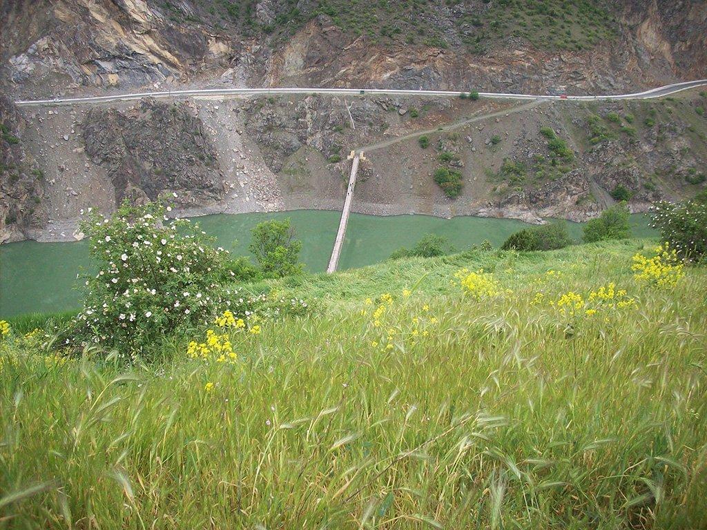 Gümüşhane Araköy köyü – Kürtün (köprü)