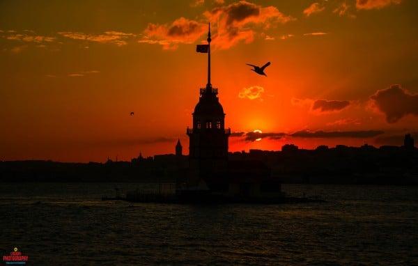 Kız Kulesi Kızıl Gün Batımı