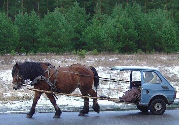 Komik at arabası