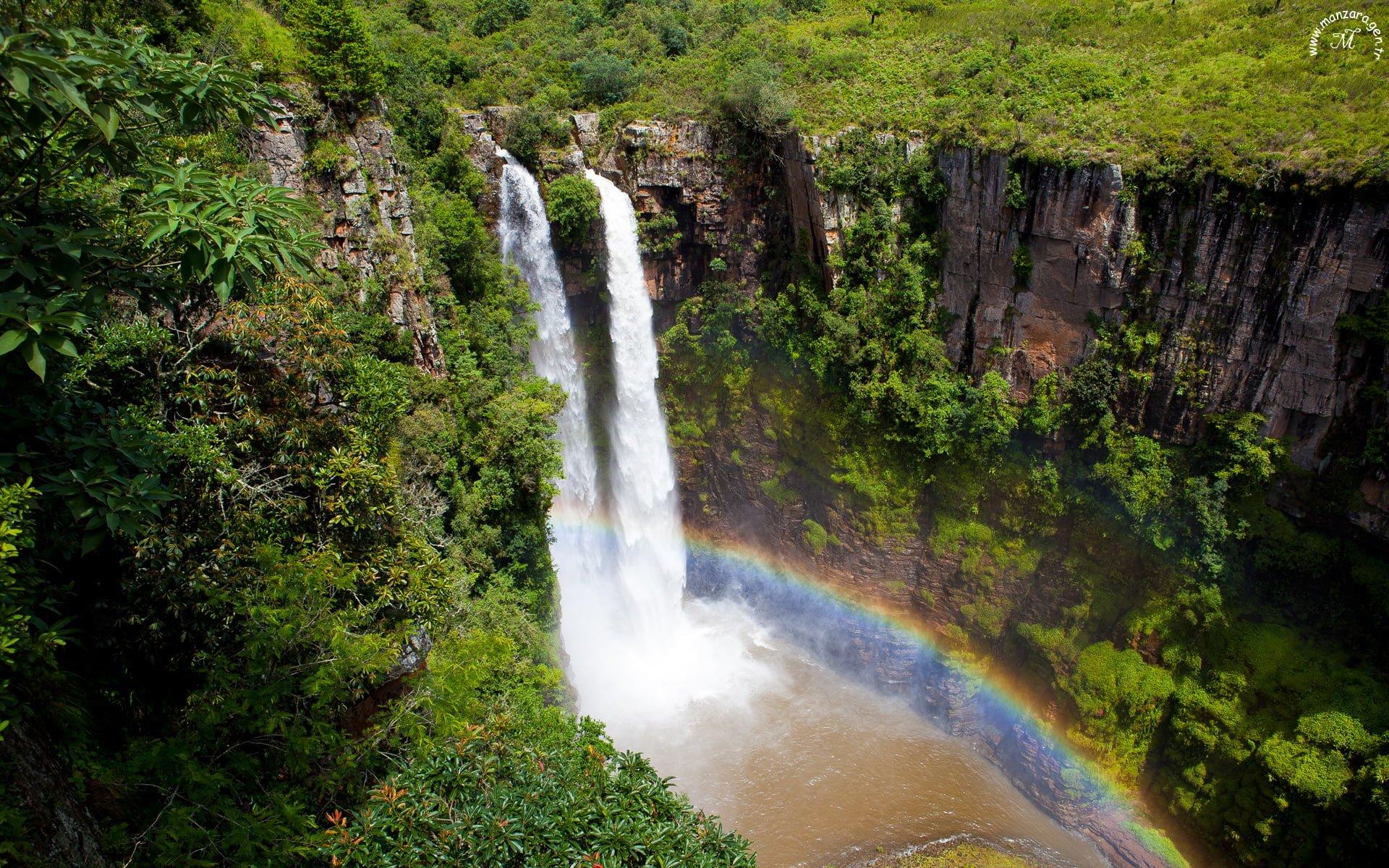 Mac Mac Falls Şelalesi