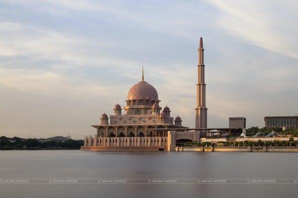 Putrajaya Camii