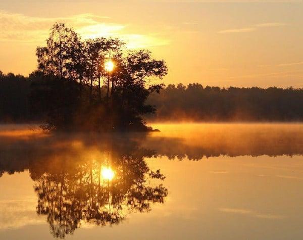 Süper yansımalı gün batımı