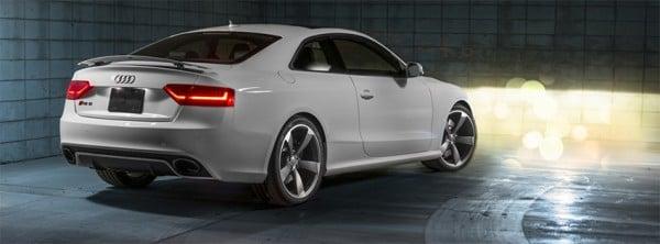 S5 Audi White Coupe Facebook Kapakları