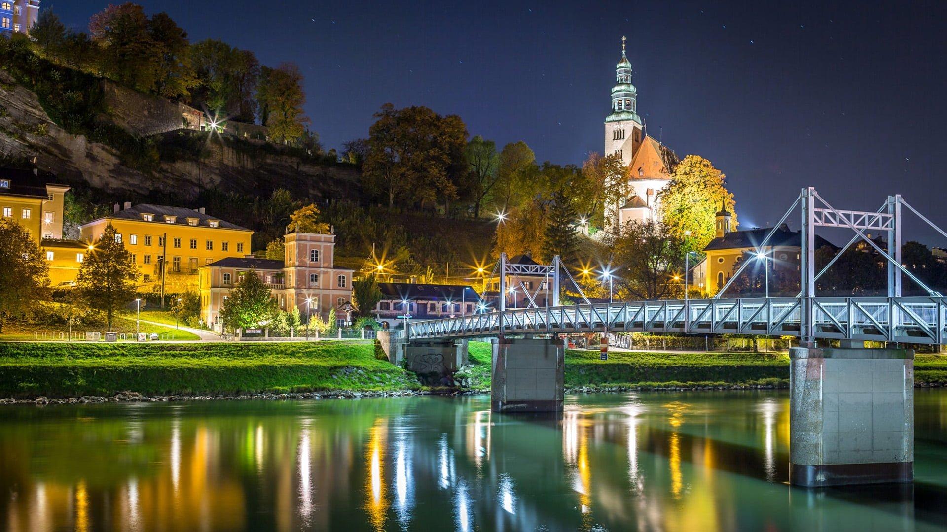 Salzburg - Avusturya Gece Manzarası