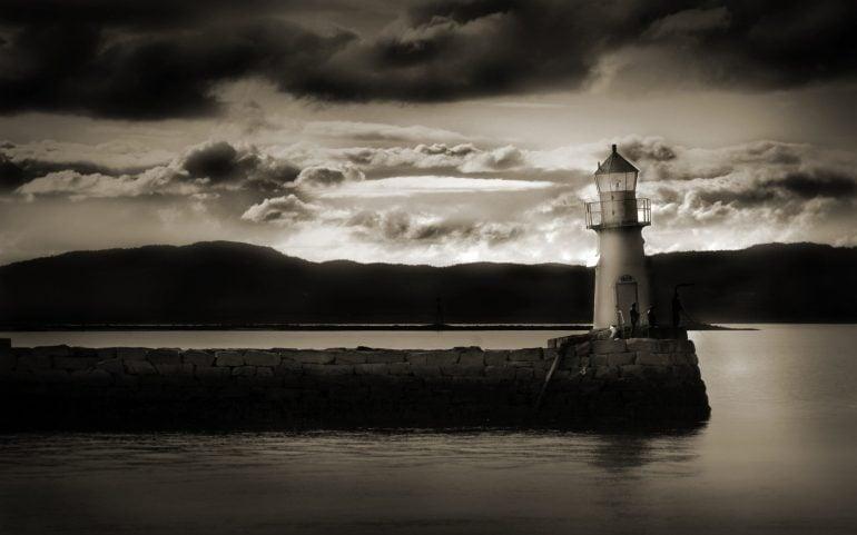 Deniz Feneri – Siyah Beyaz
