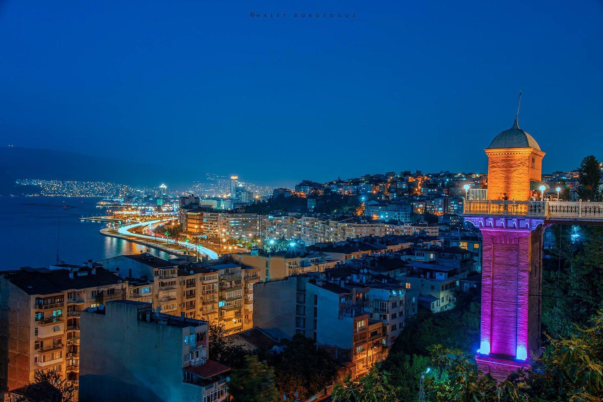Tarihi İzmir Asansörü