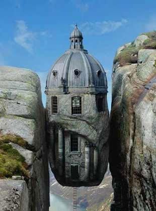 Tuhaf evler