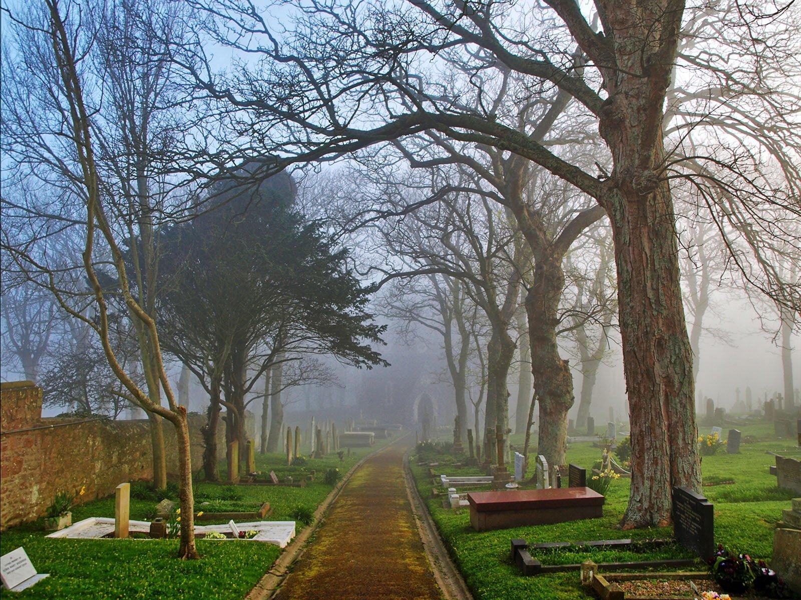 alderney mezarlık