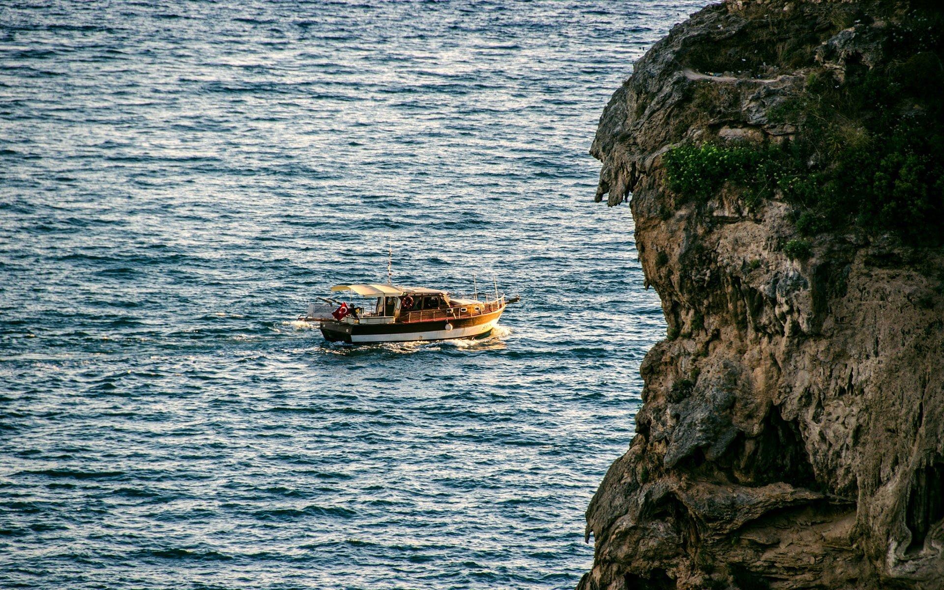 antalya'da tekne