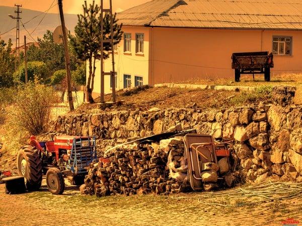 başçiftlik traktör