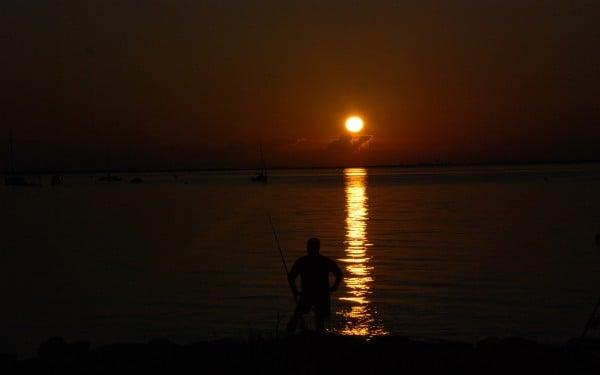 balıkçı ve gün batarken