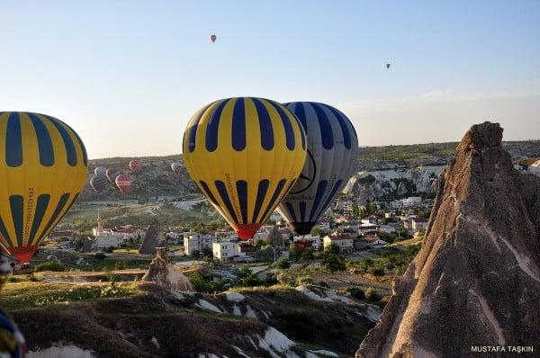 balonlar - kapadokya evleri