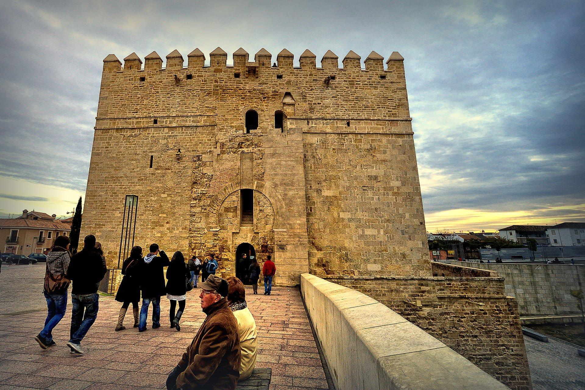 calahorra kulesi – cordoba