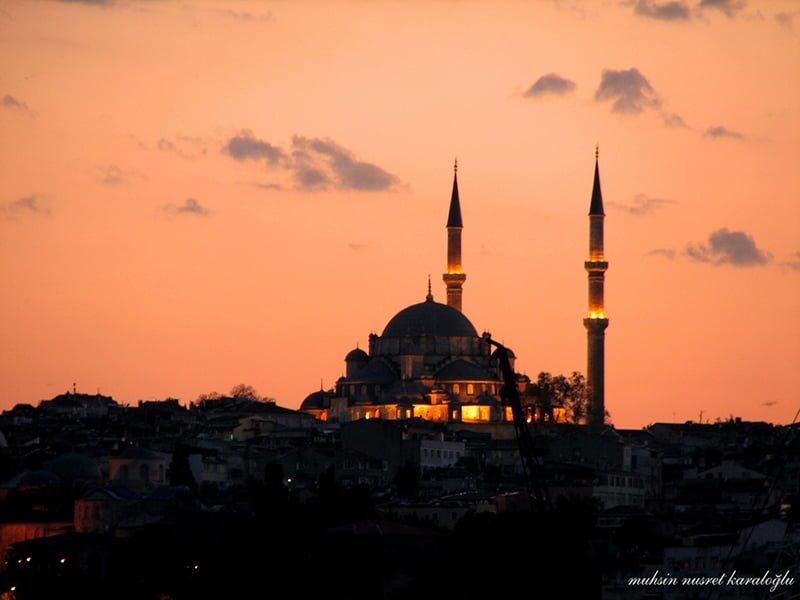 camii gün batımı