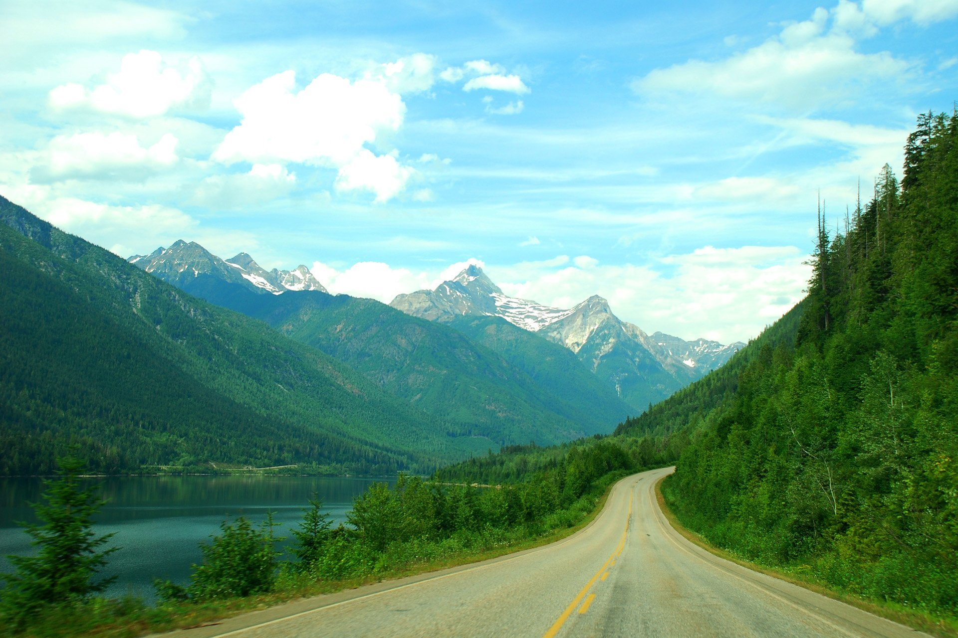 dağ yolu manzarası