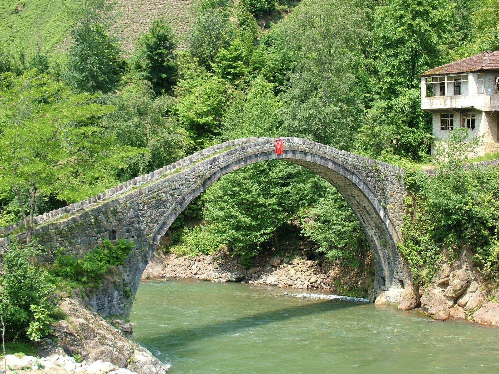 Ayder Tarihi Köprü