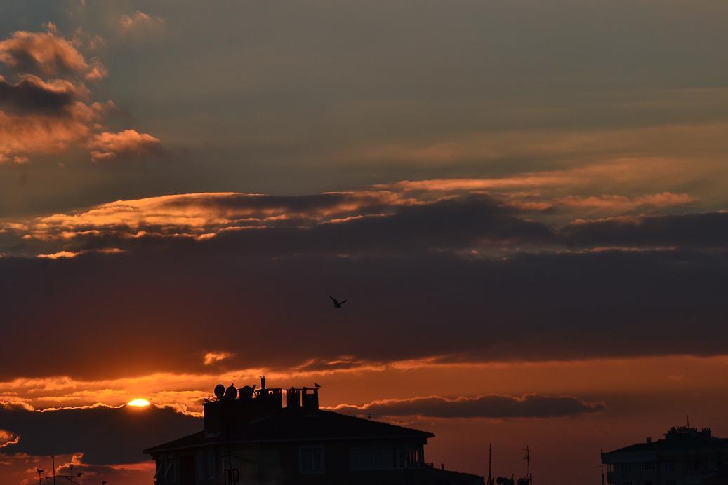 evden gün batımı