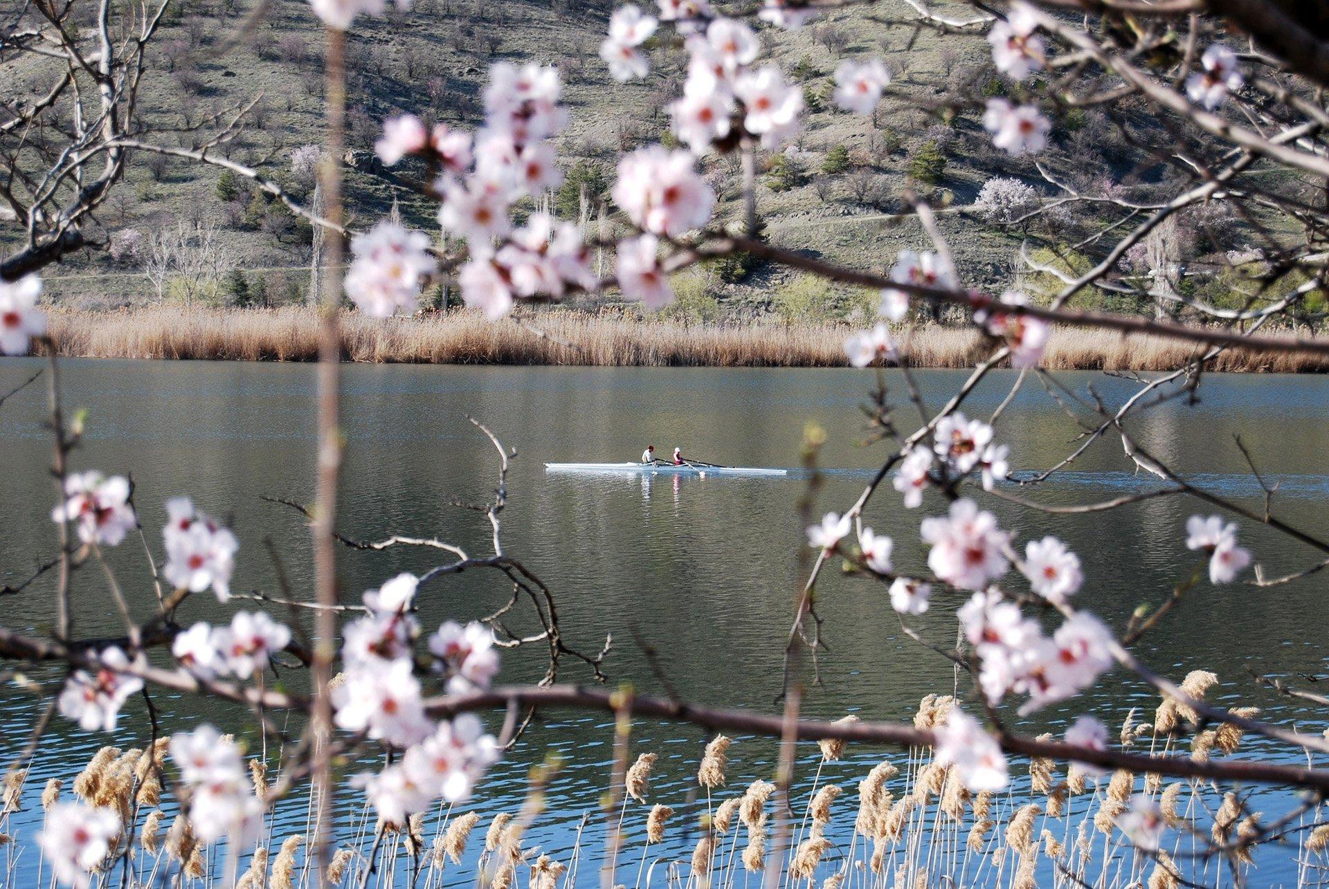 eymir gölü ve kano