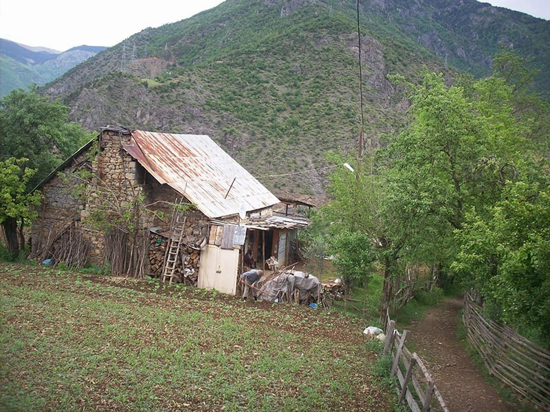 gümüşhane köy evi