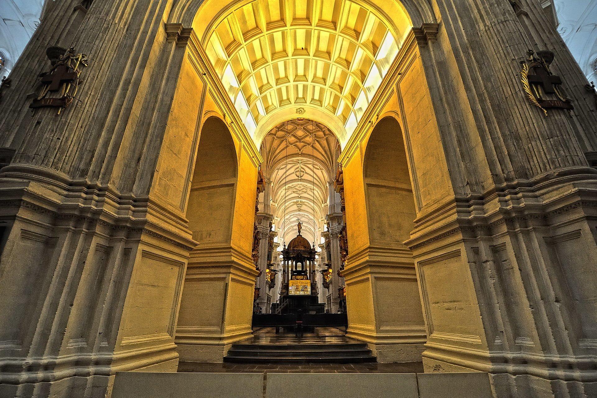 granada katedral kilisesi