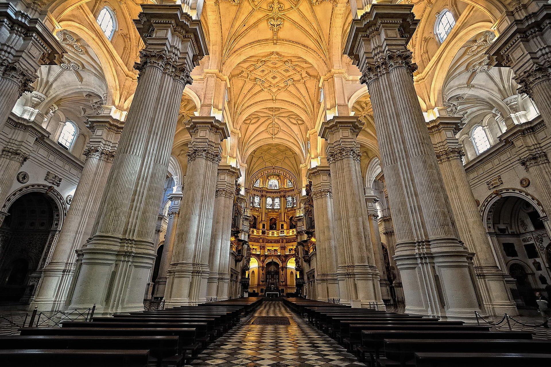 granada kilisesi