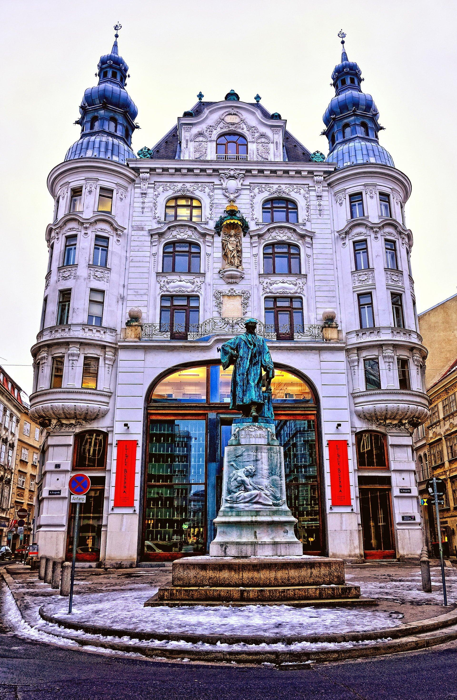 gutenberg anıtı