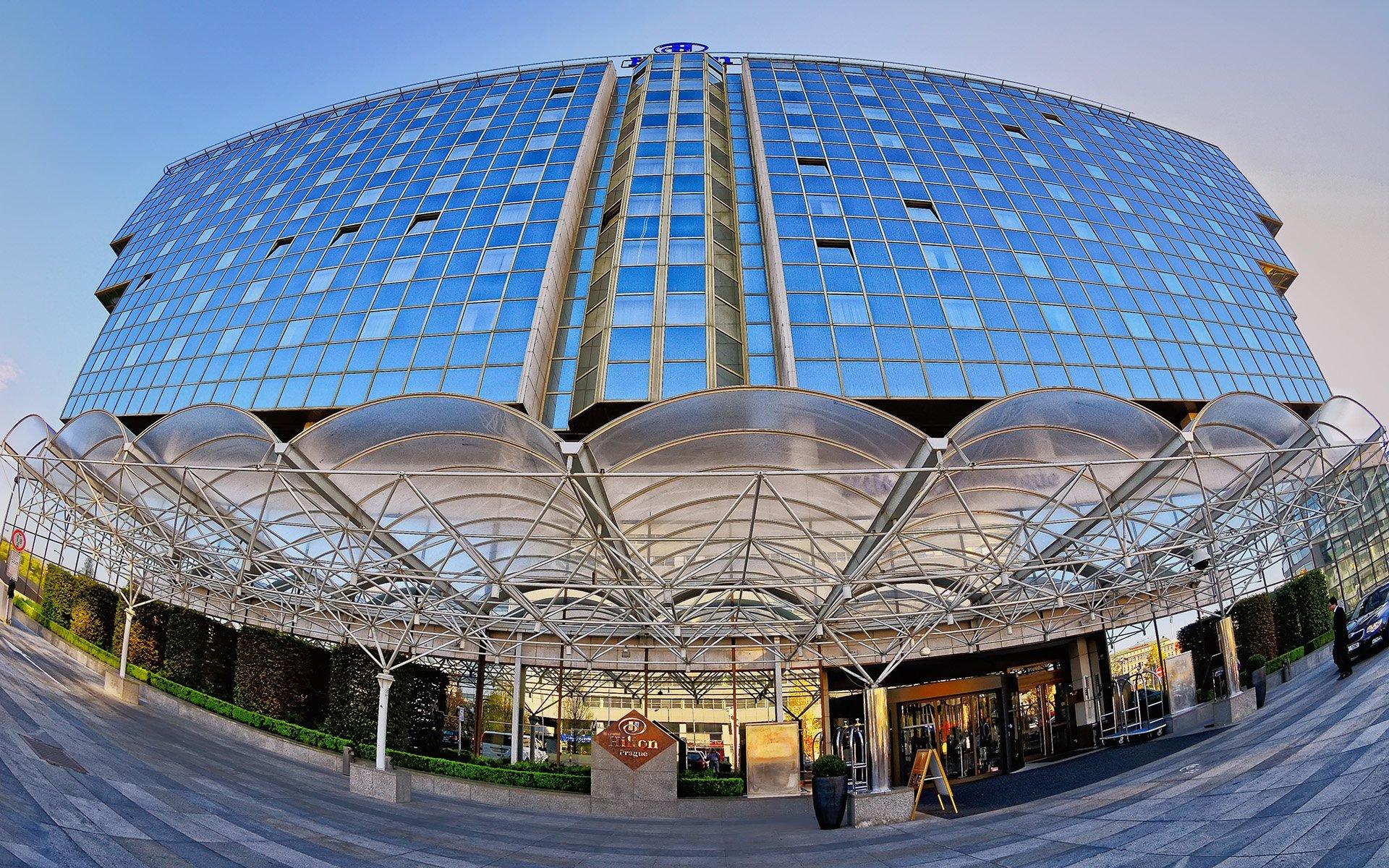 hilton hotel prag girişi