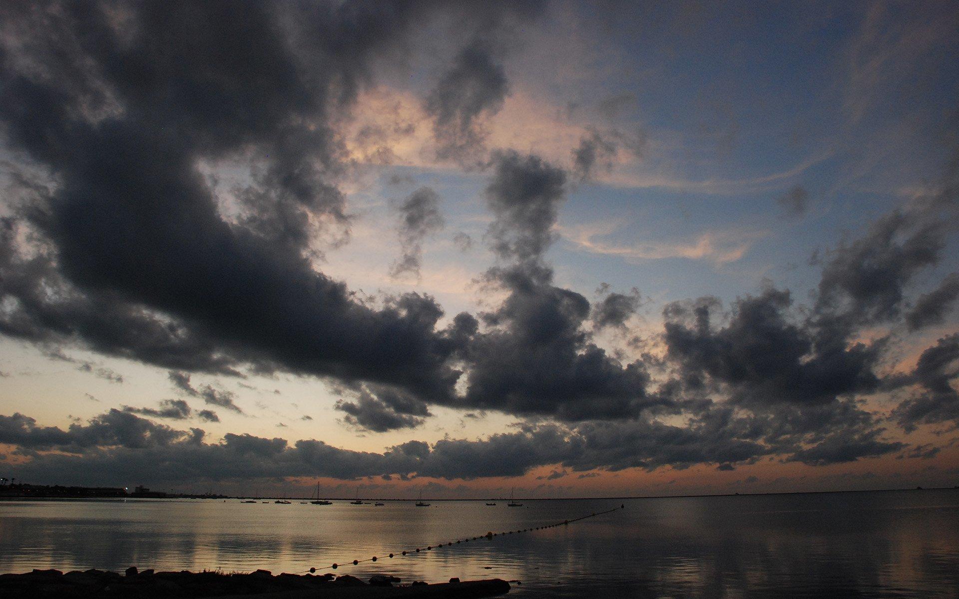 ispanya bulutlar ve gün batımı