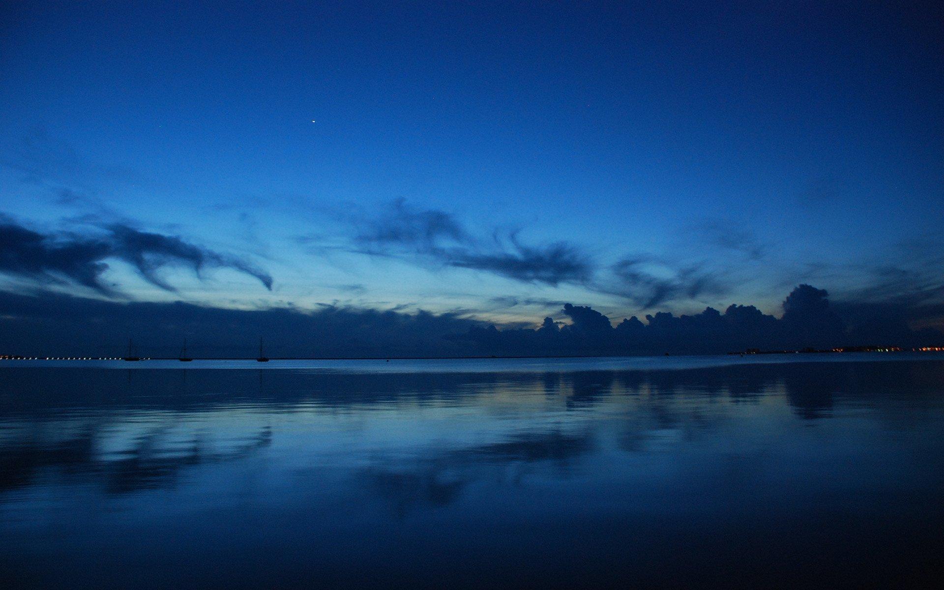 ispanya mavi gün batımı