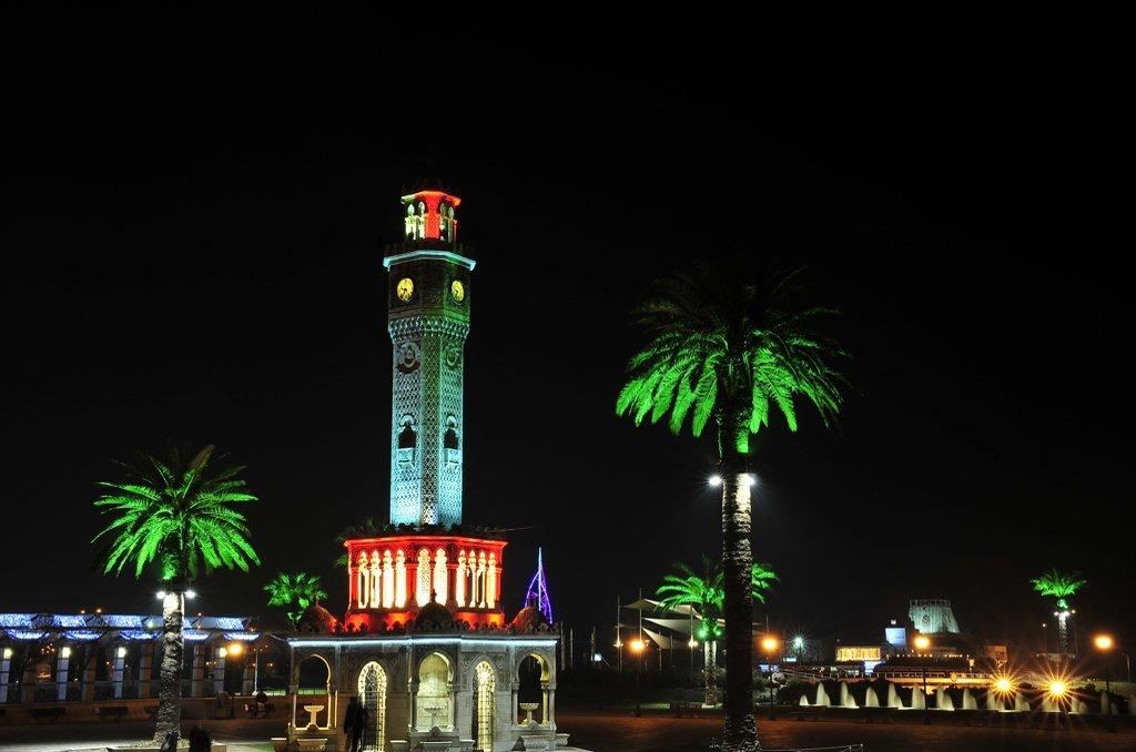 izmir saat kulesi resimleri