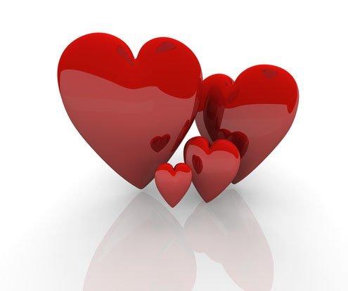 kırmızı parlak kalpler