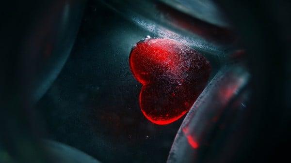 kırmızı süper kalp