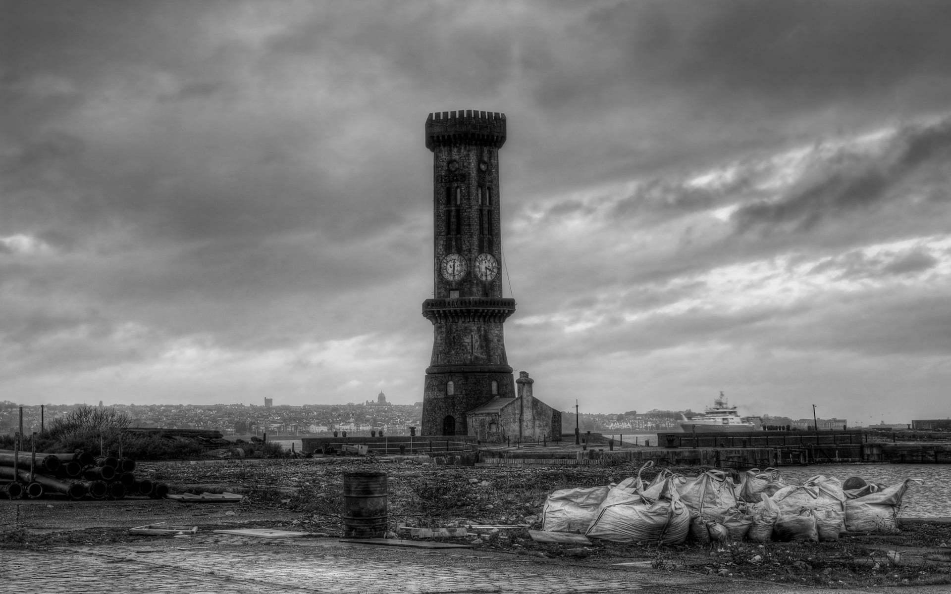 liverpool victoria kulesi