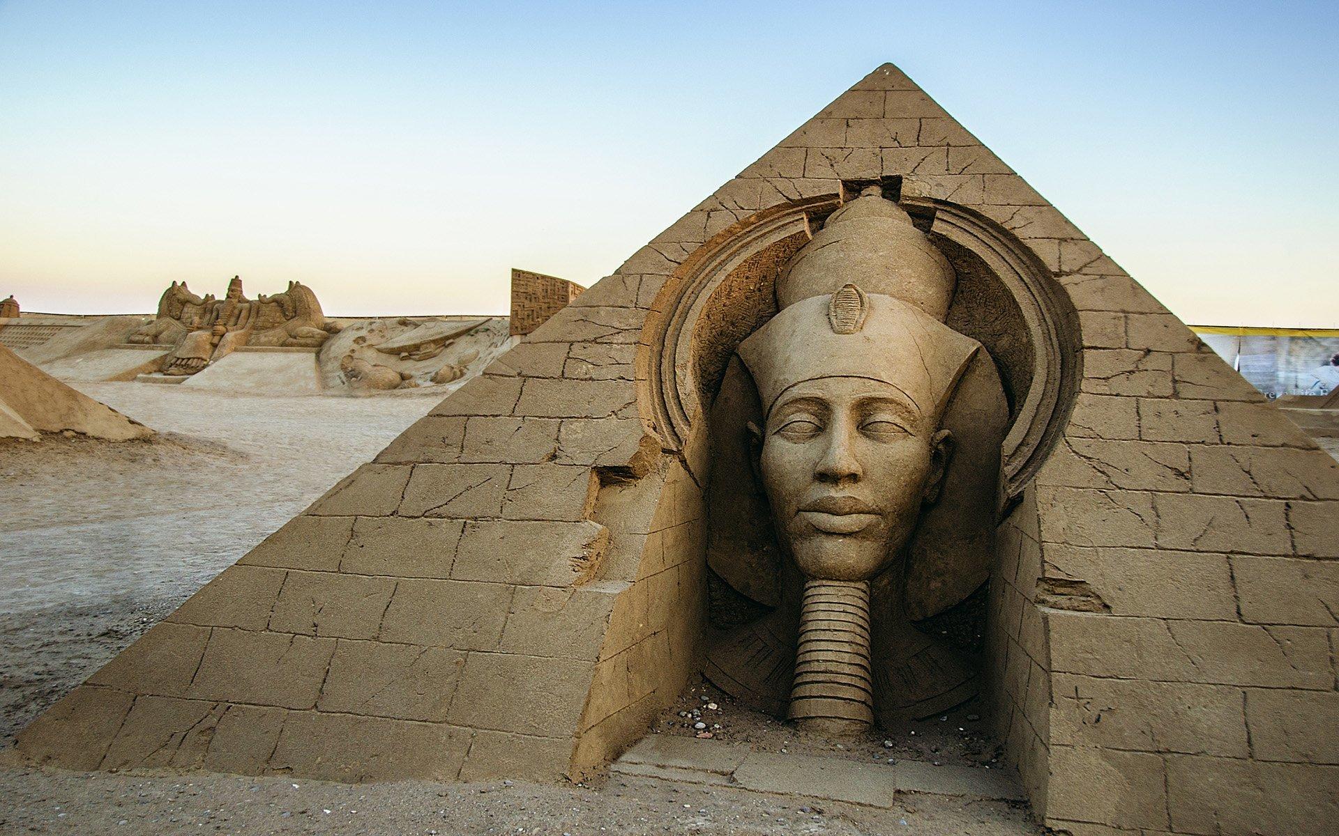 mısır kum heykel