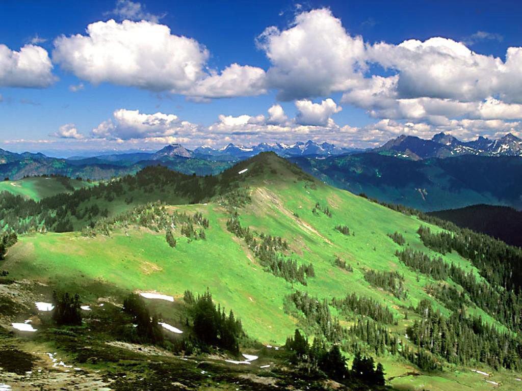 Mavi Bulutlu Doğa Manzarası