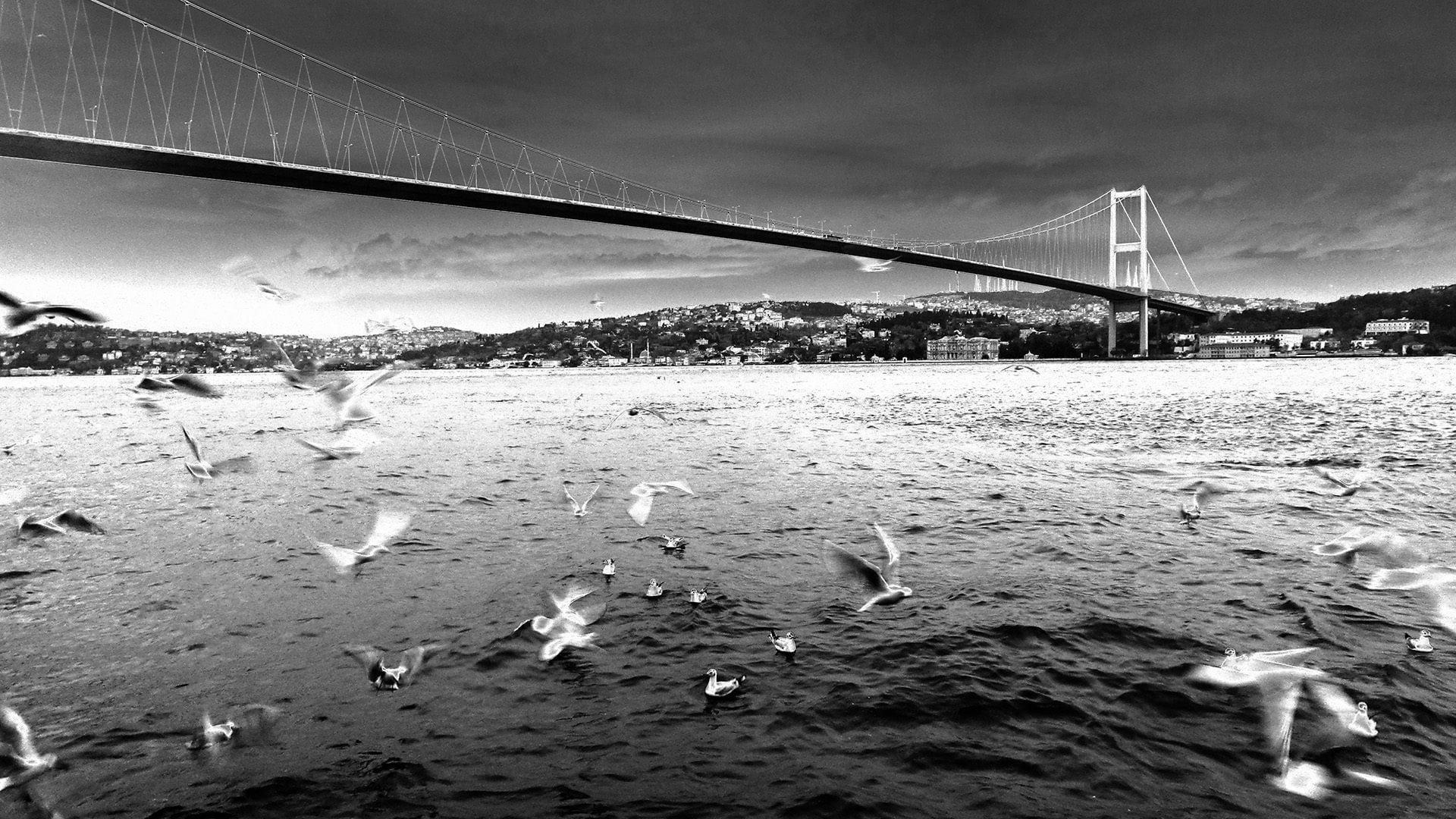 ortaköy sahil – siyah beyaz