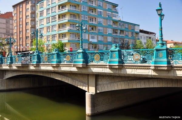 porsuk çayı taş köprü