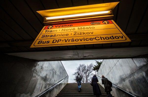 prag metrosu çıkış