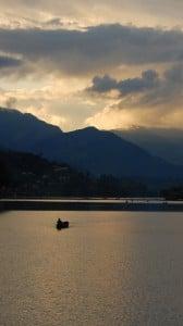 süper göl ve kayık 1080x1920