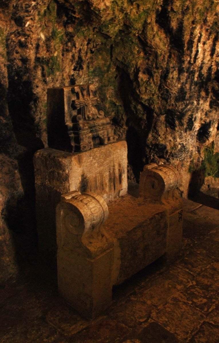 saint pierre kilisesi resimleri