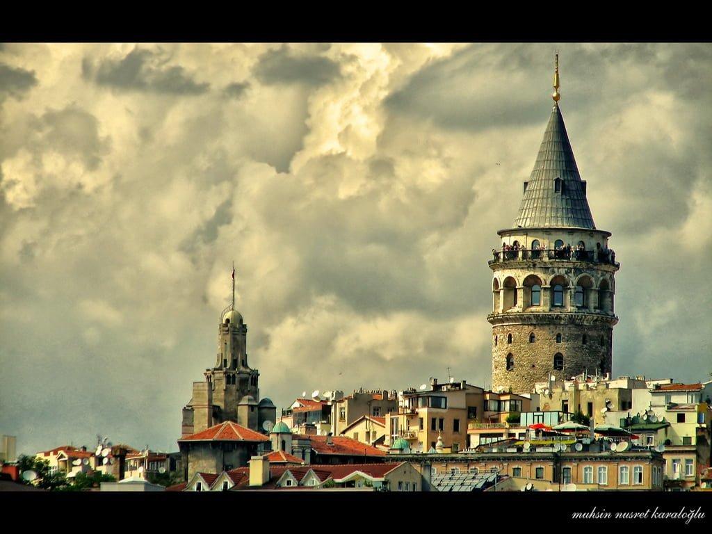 yakın çekim galata kulesi